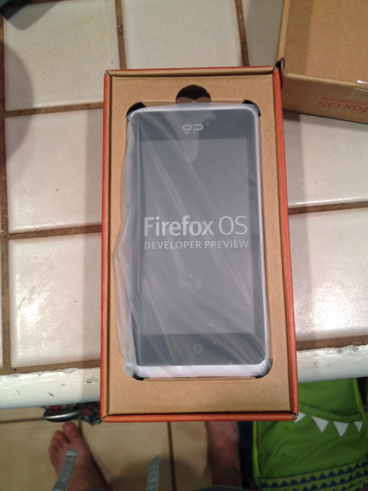 Geeksphone Peak Firefox OS Phone 3